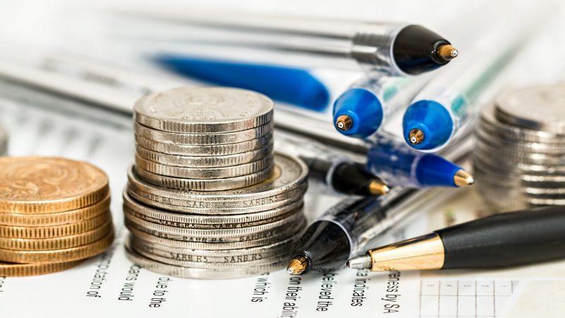 inwestycja, monety, dokumenty